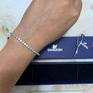NWT Swarovski Tennis Bracelet